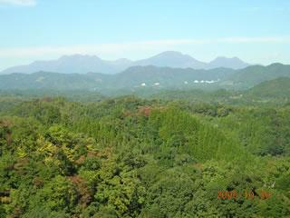 岡城址から久住山を望む